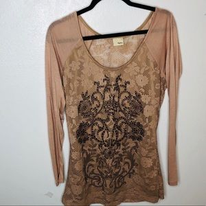 Day Trip woman's Blouse size medium.  Rose color
